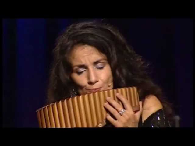 Daniela de Santos Ave Maria live