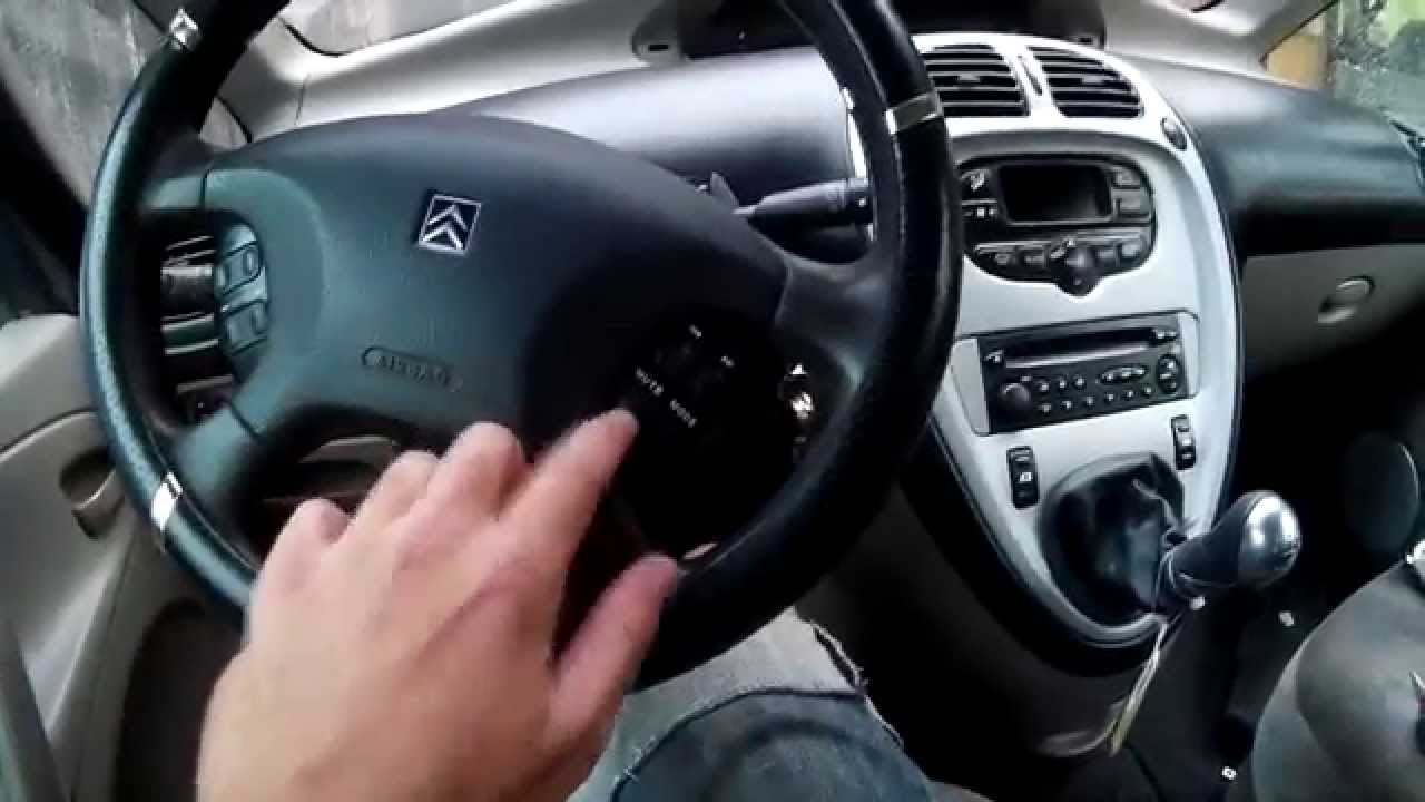 small resolution of xsara picasso audio controls on steering wheel stock radio cd youtube