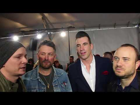 Chat w Theory of a Deadman on their 2018 Juno Award Nomination on Red Carpet