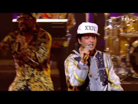 Bruno Mars - 24K Magic - NRJ Music Awards 2016 Live HD 12-11-2016