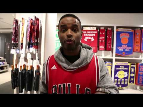 Larenz Tate Wants YOU to watch the Bulls Tonight on TNT