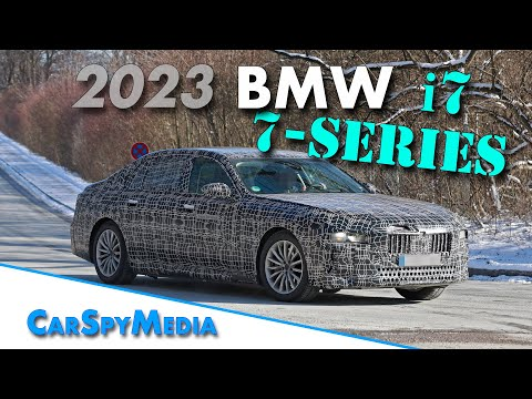2023 BMW 7 Series and BMW i7 spied testing on the public road