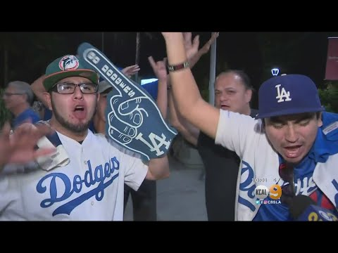 Go Crazy Folks! Dodgers Fans Get Hysterical With Justin Turner Walk-Off