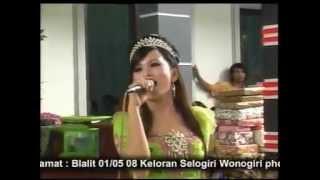 Goyang Sangkuriang Lungiting Asmoro - Sofira