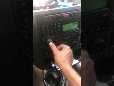 What's wrong with my 06 Land Rover lr3 volume on my radio