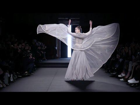 فرانس 24:Haute Couture, summer 2018: Julien Fournié finds inspiration in Asia
