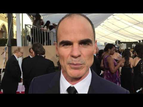 Michael Kelly ('House of Cards') on the 2016 SAG Awards red carpet