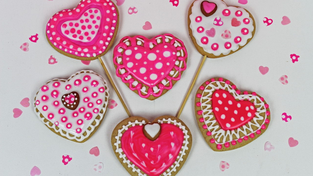 Valentines Heart Cookies How To Decorate Cookies For Valentine S