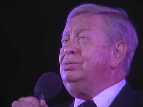 Mel Torme & George Shearing  - I'll Be Seeing You - 8/18/1989 - Newport Jazz Festival (Official)