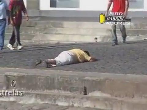 Joueur Du Grenier Accident de Taureau à Pampelune (Espagne) JDG