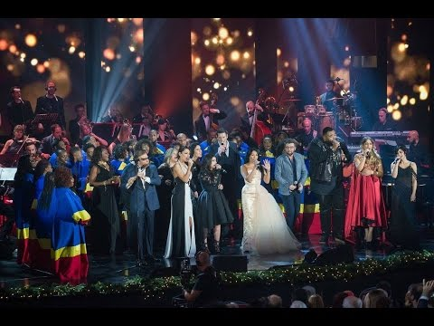 Anggun & All Artists - Happy Christmas (War Is Over) at Concerto Di Natale 2016 mp3