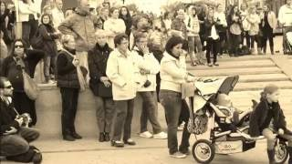 Andy Irons tribute - Hossegor - Hommage à Andy Irons - Memorial paddle out -