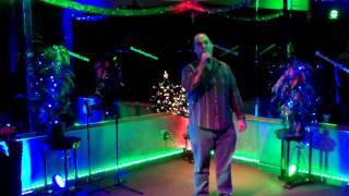 Lizard Lounge Karaoke Idol - Scott sings She's got a way - Billy Joel