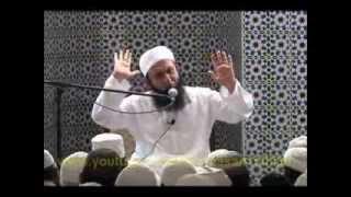 junaid jamshed crying in front of maulana tariq jameel 06 09 2012 jama masjid panama