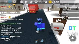 Playing as manager ROBLOX work at a pizza place