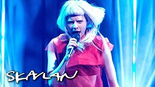 Aurora performs «Animal» | SVT/TV 2/Skavlan