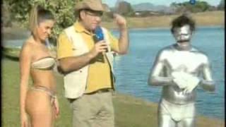 Pânico Na TV 12/09/2010 - Dani Bolina e Freddie Mercury Prateado Andando sobre as Águas