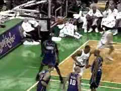 Mark Blount dunks, but is still a pussy.