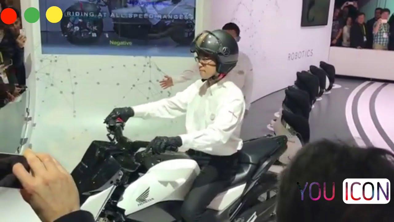 Honda Self.شركة هوندا تطلق اول دراجة ذكية شاهد