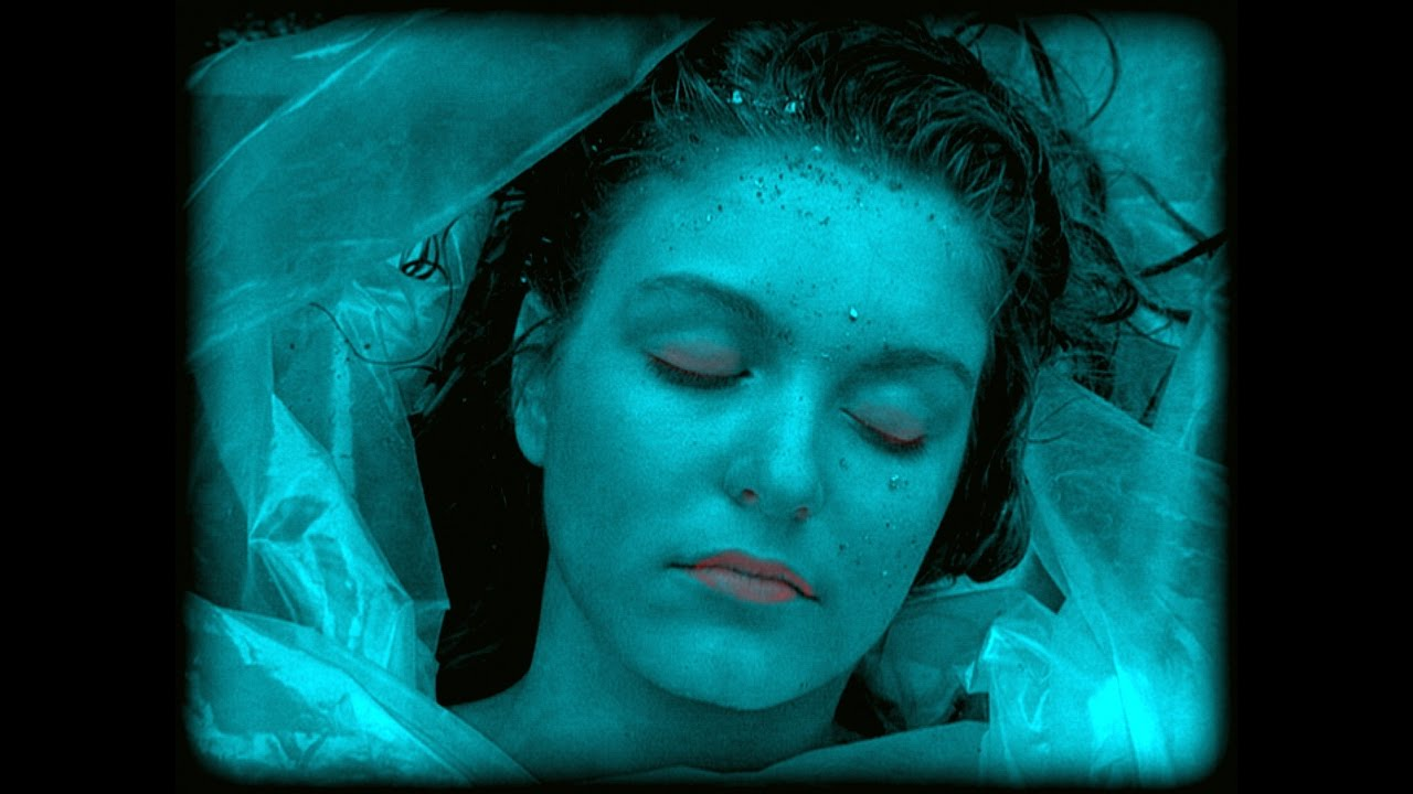 The Embalmed Girl Mannequin 'La Pascualita' The Corpse Bride - YouTube