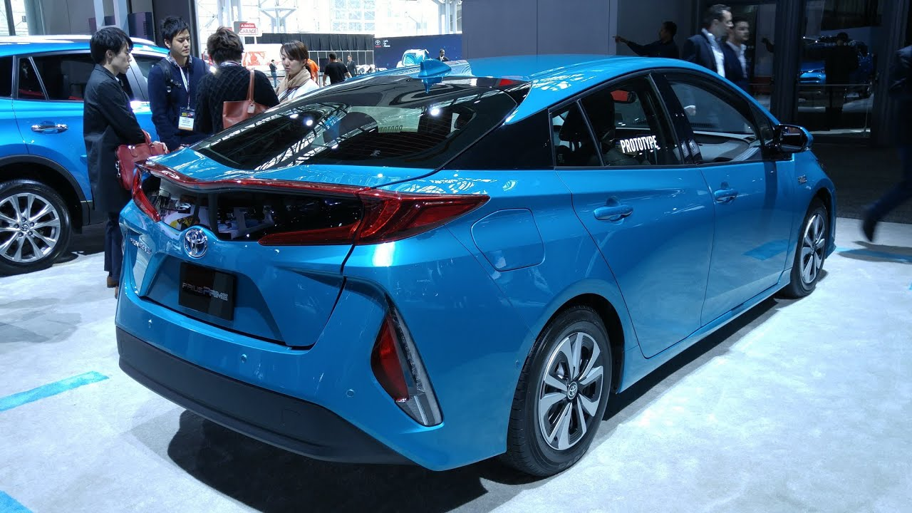 Nyias 2017 Toyota Prius Prime Phev 22 Exterior Interior And Infotainment Overview Youtube
