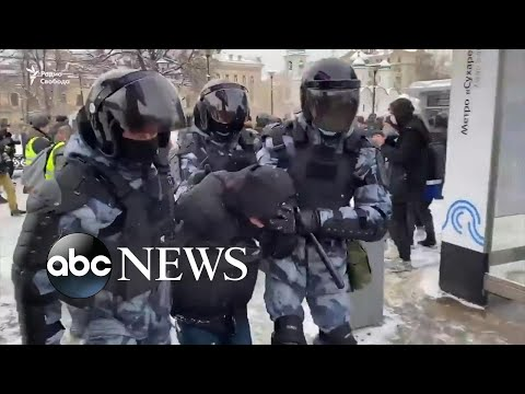 Protestors take to streets in cities across Russia