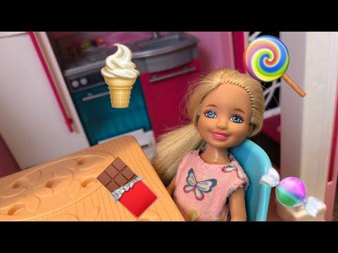 Barbie- Junk Food Junkie