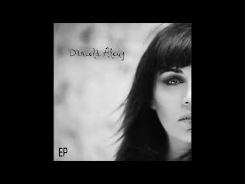 Tanto tiempo-Daniela Aleuy-EP 2013
