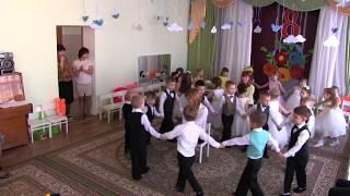"""Утренник 8 марта в детском саду Игра """"Домик для мамы"""""""