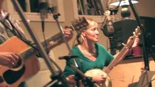 Oh Susanna - TURKEY Rhubarb and The Funky Mamas (Live Recording)