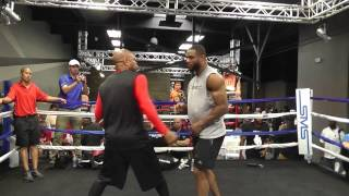 Jean Pascal Working with Roy Jones Jr Showing Mad Skills Esnews Boxing