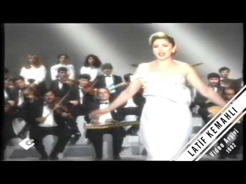 Muazzez Ersoy tele on Herşeyim Sensin  Türk Sanat Müziği 1992 Nostalji Konser Kaset9