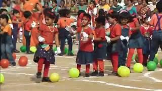 Vanshika  MDAV school dance