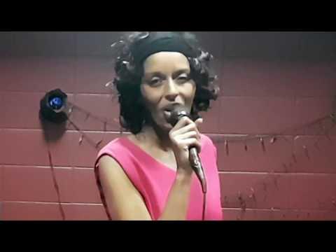 Amy Winehouse -You know  I'm no good-vidéo cover karaoke