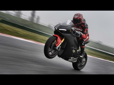 2018 Ducati Panigale V4 Prototype: Quest to Ride the New Superbike – ON TWO WHEELS