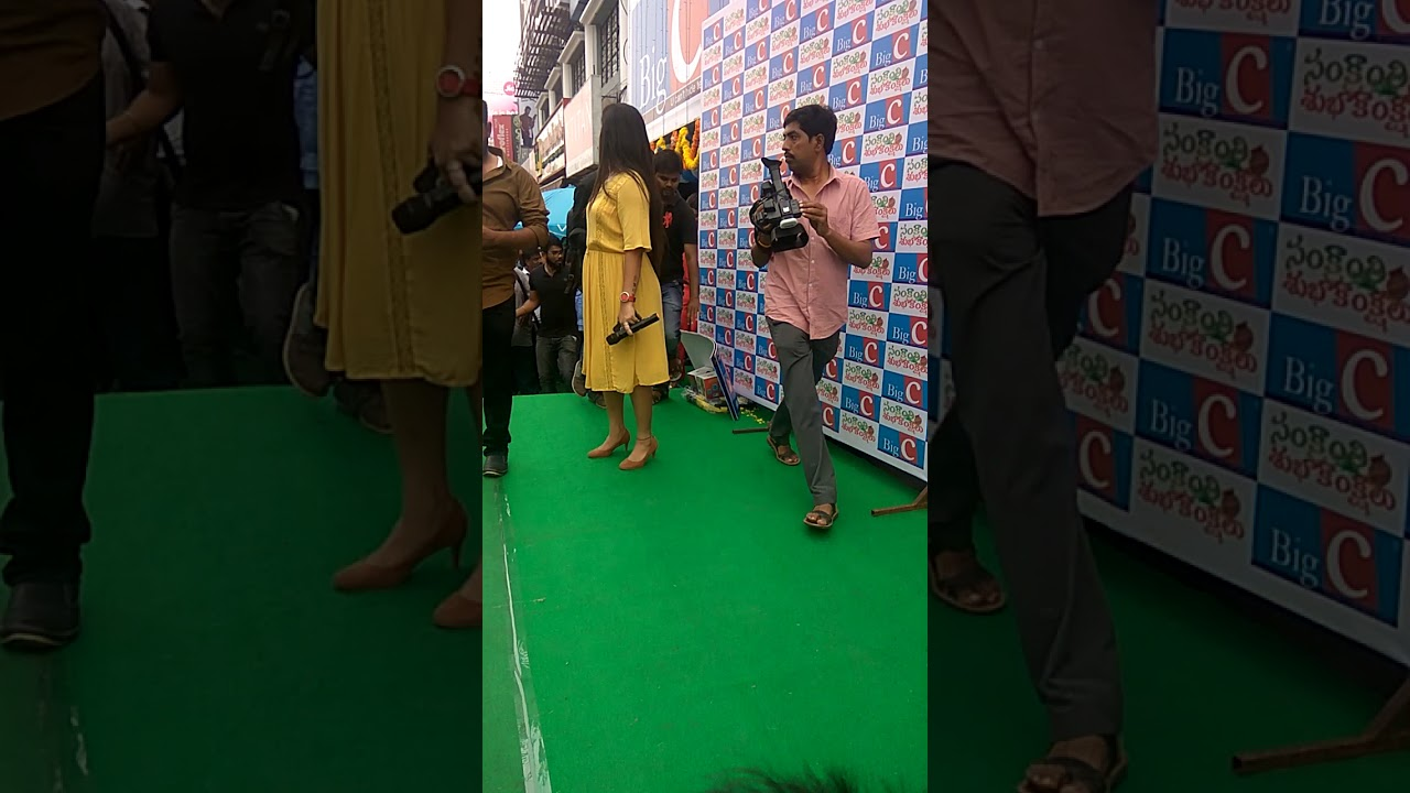 Rashi khanna  in Vijayawada  big c mobile showroom opening 14/01/2018