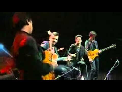 VnExpress - _Chơi_ guitar điện bằng miệng - _Choi_ guitar dien bang mieng.flv