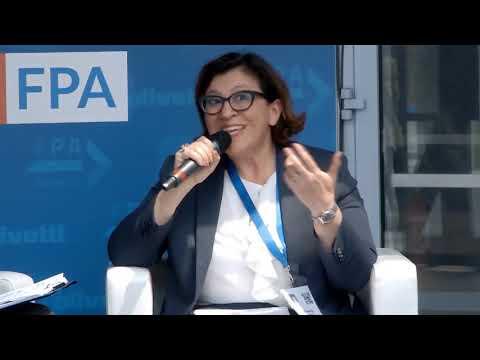 Intervista al ministro Elisabetta Trenta a FORUM PA 2019