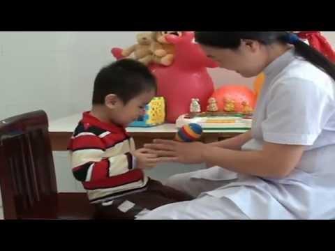 Trẻ tự kỷ - Massage cho trẻ