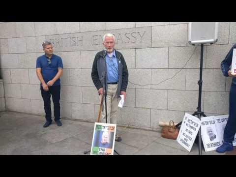Free Tony Taylor Protest, British Embassy Dublin Ireland, Sean Doyle