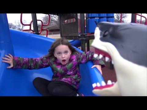 "Shark Bites Girl On Butt at School Playground ""Toy Freaks Great White Sharks Attack"""