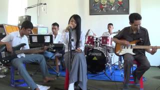 Video XII TKJ - Pergi Saja (geisha cover) download MP3, 3GP, MP4, WEBM, AVI, FLV Desember 2017