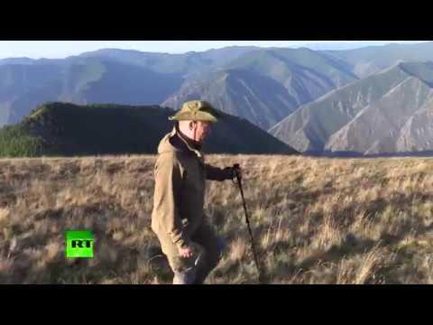 Putin's hiking vacation: Russian president on summer break in Tuva