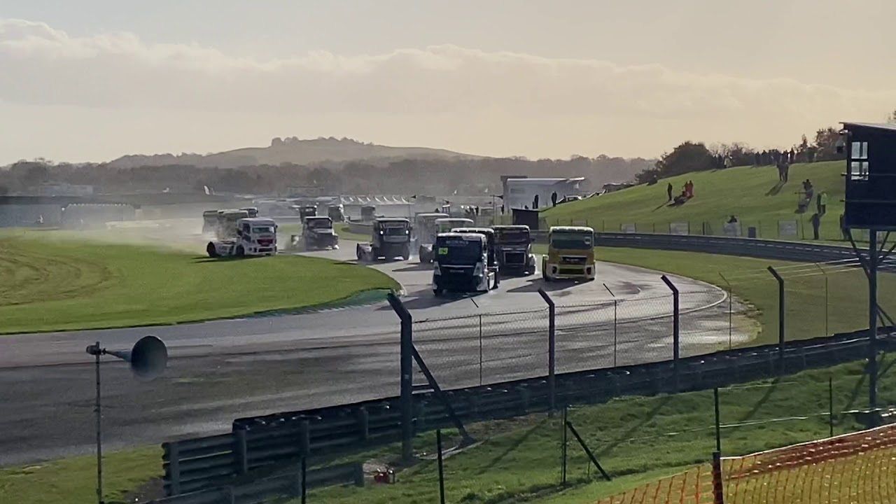 Thruxton Truck Racing Crash