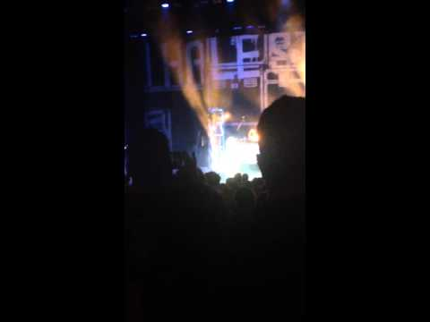 Sick Individual -- Halestorm live at the Peoria Civic center 9/17/15