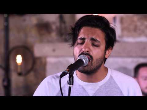 """KFOG Private Concert At Whetstone Winery: Young The Giant - """"Mind Over Matter"""""""