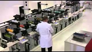 Производство этикеток.mp4(Производство этикеток флексопечатным способом. Заказать этикетку можно он-лайн, на нашем сайте http://www.greentrad..., 2013-01-21T13:45:24.000Z)