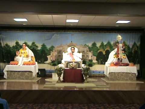 Shree Yamunaji 41 Pad - Shree Yadunathji (Kadi, Ahmedabad)  VRAJ, PA (USA) Clip-5