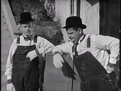 Perry Como - It's A Good Day ( Laurel and Hardy) HD