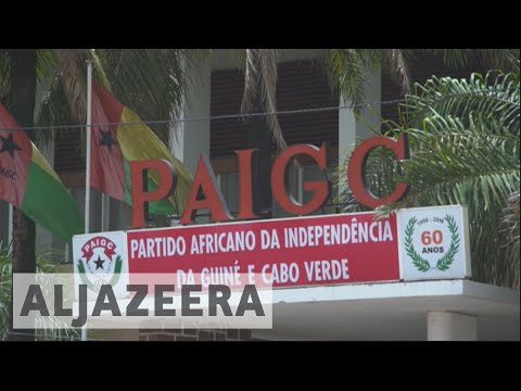 Protesters call for political change in Guinea-Bissau